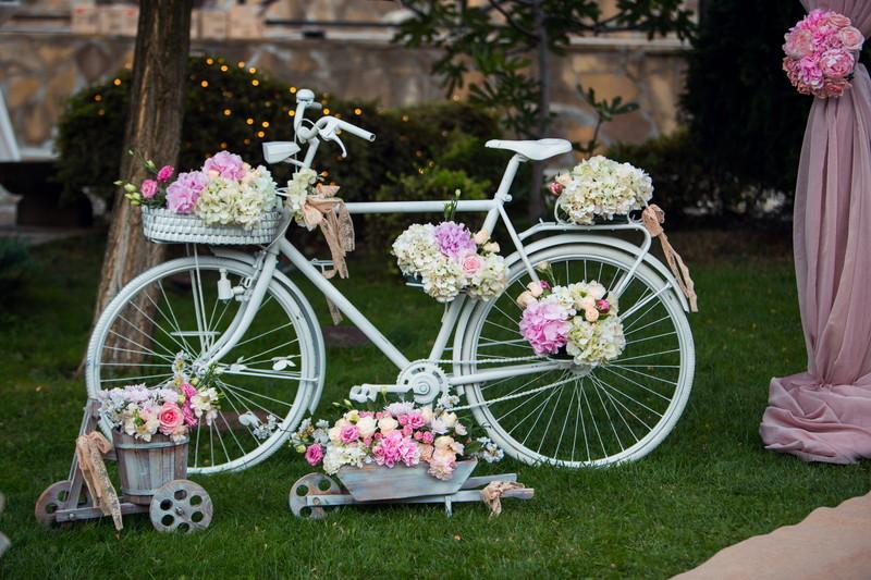 自転車いっぱいの花